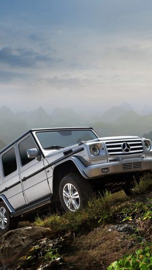 Cool Benz Off Road iPhone 7 wallpaper