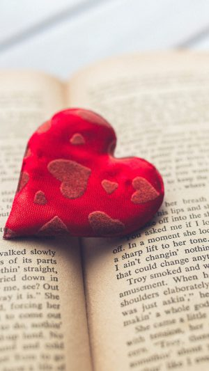 Romantic Hear Love Book iPhone 7 wallpaper