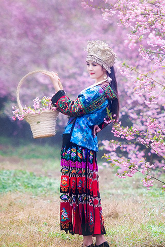 Chinese Ethnic Culture Girl 1 Iphone 7 Wallpaper
