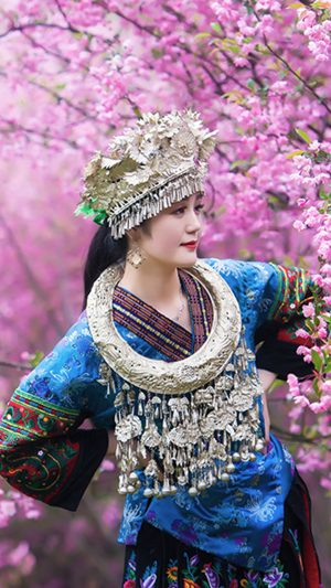 Chinese Ethnic Culture girl iPhone 7 wallpaper