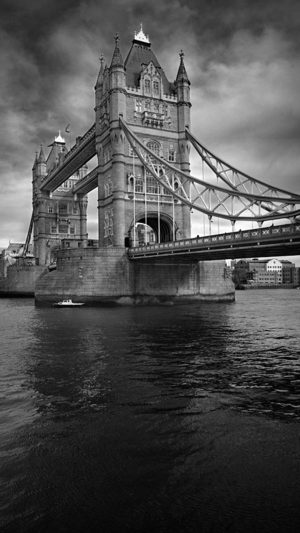 London Bridge iPhone 7 wallpaper