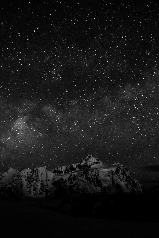 Starry Night Sky Mountain Nature Bw Dark Iphone 7 Wallpaper