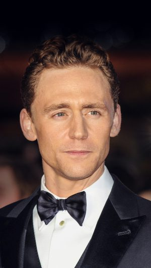 Tom Hiddlestone Filme Actor Hollywood Celebrity iPhone 7 wallpaper