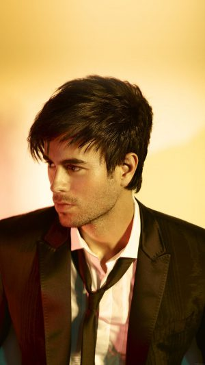 Wallpaper Enrique Iglesias Yellows Music Face iPhone 7 wallpaper