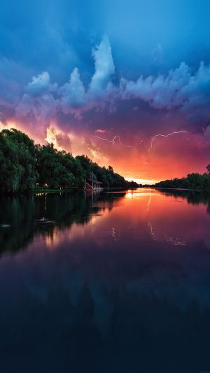 Wallpaper Lightening Reflected Lake Sea River Nature iPhone 7 wallpaper