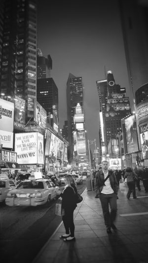 New York Street Night City Dark Bw Vignette iPhone 7 wallpaper