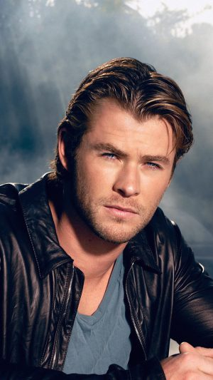 Chris Hemsworth Handsome Boy Actor iPhone 7 wallpaper