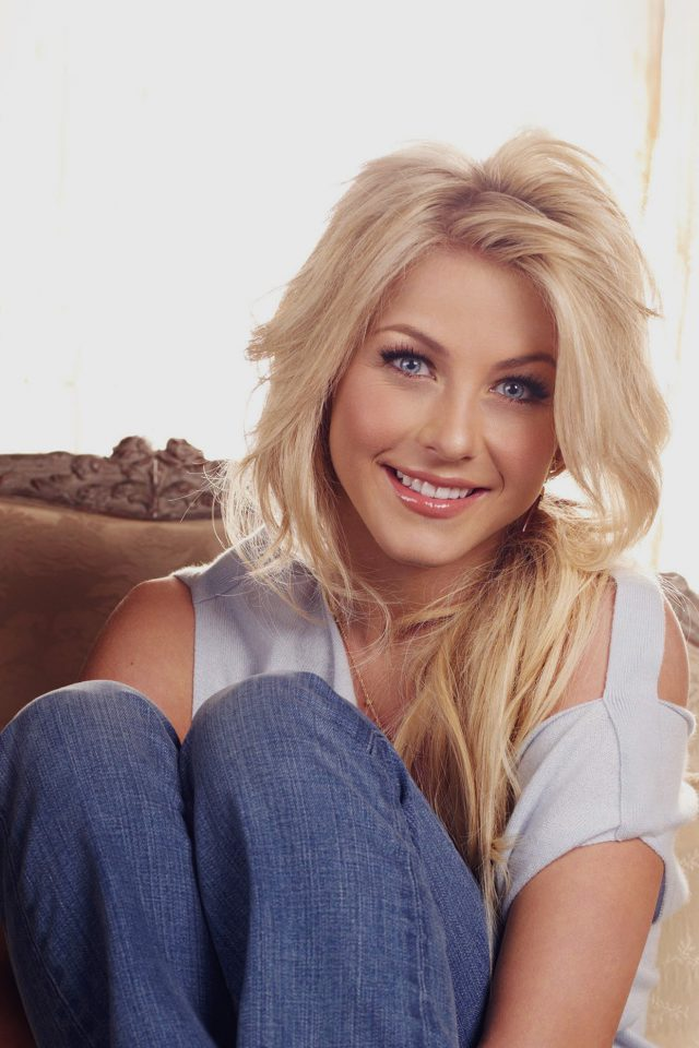 Julianne Hough Dancer Celebrity iPhone wallpaper