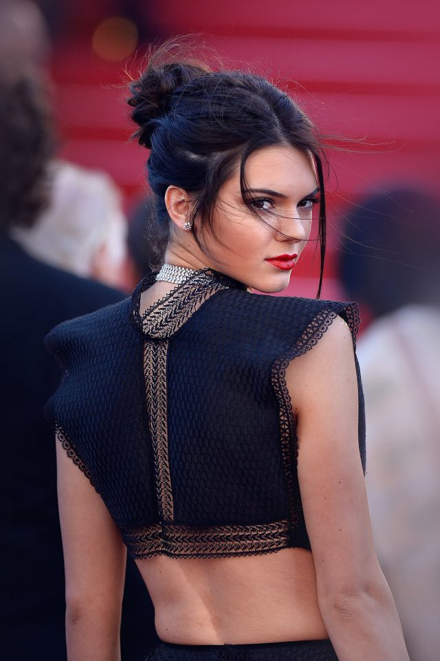 Kendall Jenner Red Celebrity iPhone wallpaper