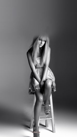 Taylor Swift Singer Bw Celebrity iPhone 7 wallpaper