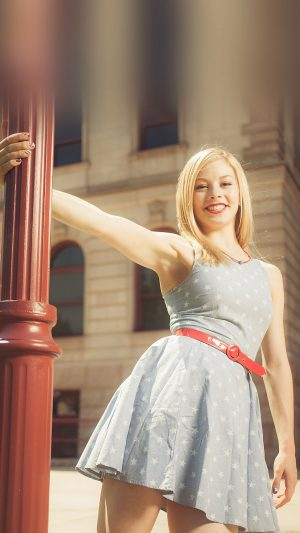 Wallpaper Gracie Gold Street Sports Girl Face iPhone 7 wallpaper